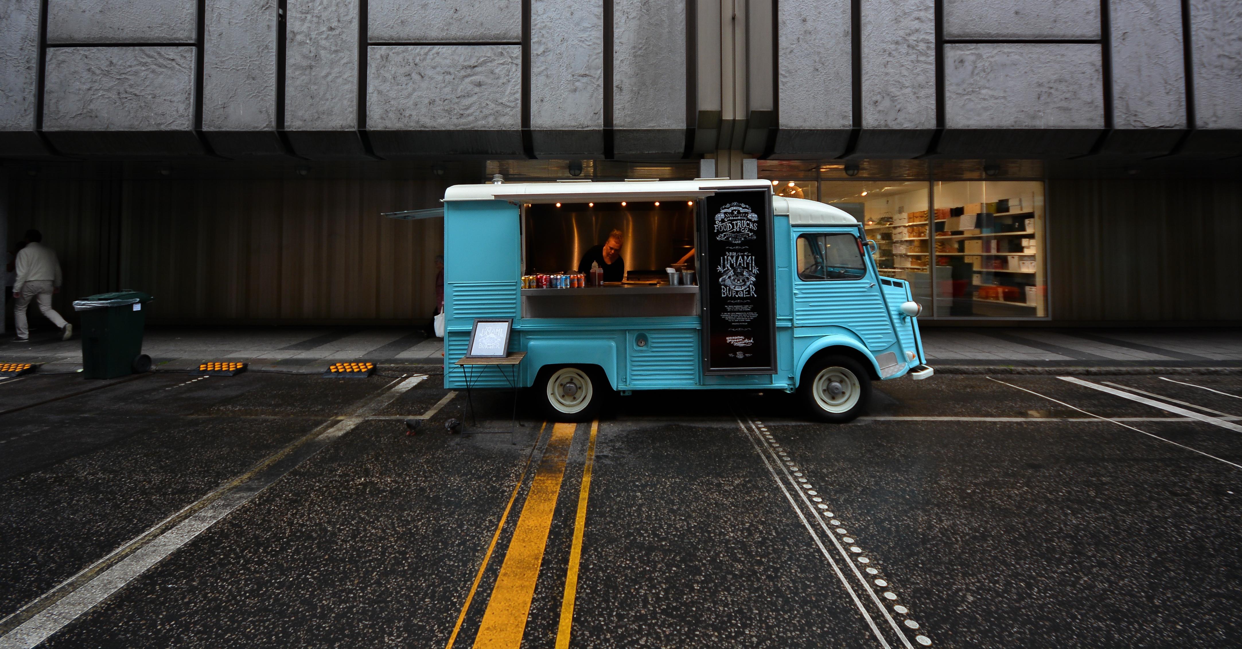 repost assurance sp ciale food truck. Black Bedroom Furniture Sets. Home Design Ideas